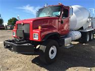 2004 Interntional Paystar Concrete  Mixer Truck